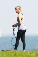 Ashley Benson - St Petersburg - 10-03-2012 - Quando lo sport diventa . . . bollente!