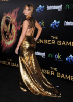 Jennifer Lawrence - Los Angeles - 12-03-2012 - Grazie a Dior, Jennifer Lawrence è una regina sul red carpet!