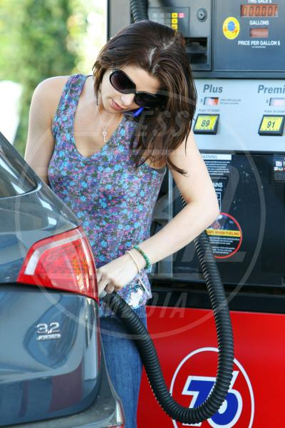 Ashley Greene - Los Angeles - 05-01-2010 - Natalie Portman, quando i cigni fanno benzina