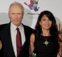 Dina Eastwood, Clint Eastwood - Beverly Hills - 15-05-2009 - Clint Eastwood e Dina Ruiz: il matrimonio è finito