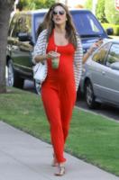Alessandra Ambrosio - Santa Monica - 21-03-2012 - Parto incinta... torno in forma (se sono nello showbiz)