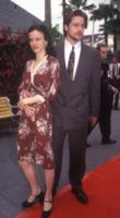 Juliette Lewis, Brad Pitt - Hollywood - 20-04-1993 - Brad Pitt e Kate Hudson: sbirciatina agli ex della nuova coppia!