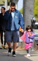 Adam Sandler non ha tempo per la figlia Sunny - Foto