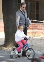 Carolina Fini, Gianfranco Fini - Roma - 25-03-2012 - Mammo son tanto felice, il lato paterno dei vip