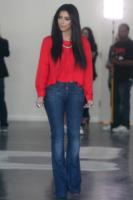 Kim Kardashian - Los Angeles - 25-03-2012 - Il lato b di Kim Kardashian non sta nei jeans