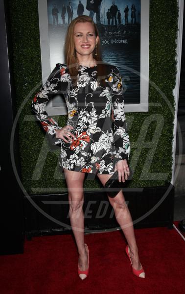 Mireille Enos - Hollywood - 26-03-2012 - Il ritorno dell'abito dalla linea a trapezio