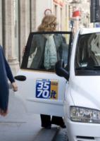 Milly Carlucci - Roma - 27-03-2012 - Star come noi: le normali abitudini di Milly Carlucci