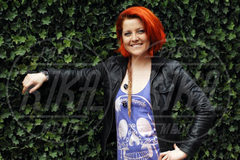Noemi - Milano - 04-04-2012 - Lady Gaga coi dread per un giorno. Più PopArt di così!