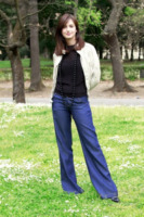Alessia Mancarella - Roma - 05-04-2012 - Corsi e ricorsi fashion: dagli anni '70 ecco i pantaloni a zampa