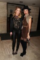 Tasya Van Ree, Amber Heard - New York - 16-11-2010 - Erin Foster: dalla relazione con Samantha Ronson a Harry Styles