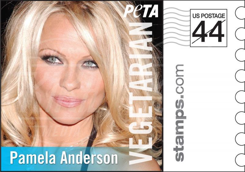 Pamela Anderson - Los Angeles - 28-11-2011 - Helen Flanagan nuda contro la crudeltà verso gli animali