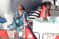 Angel Iris, Mel B - 21-10-2011 - Le star migrano con lo yacht