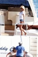 Victoria Silvstedt - Antibes - 20-05-2011 - Le star migrano con lo yacht