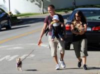 Ever Morissette-Treadway, Mario Treadway, Alanis Morissette - Los Angeles - 11-08-2014 - Alanis Morissette è diventata mamma per la terza volta