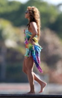 Beyonce Knowles - Miami - 20-02-2010 - Shorts, minidress o pareo: e tu cosa indossi in spiaggia?