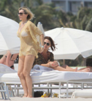 Rita Rusic - Miami - 31-03-2011 - Shorts, minidress o pareo: e tu cosa indossi in spiaggia?