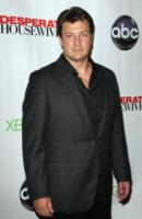 Nathan Fillion - Hollywood - 29-04-2012 - Nathan Fillion, la star di Castle ha messo su la pancia!