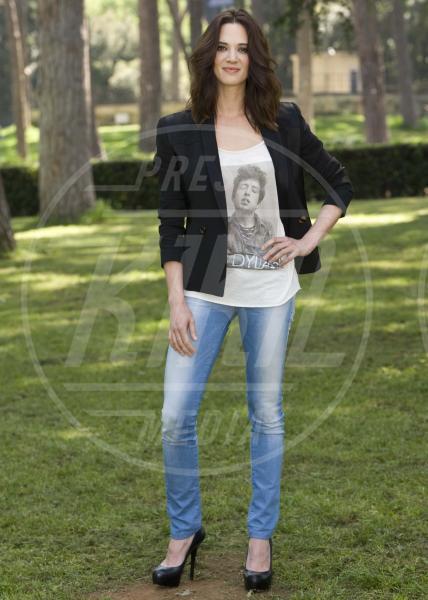 Asia Argento - Roma - 02-05-2012 - Dillo con una t-shirt: Taylor Swift vuole una vita bohémienne