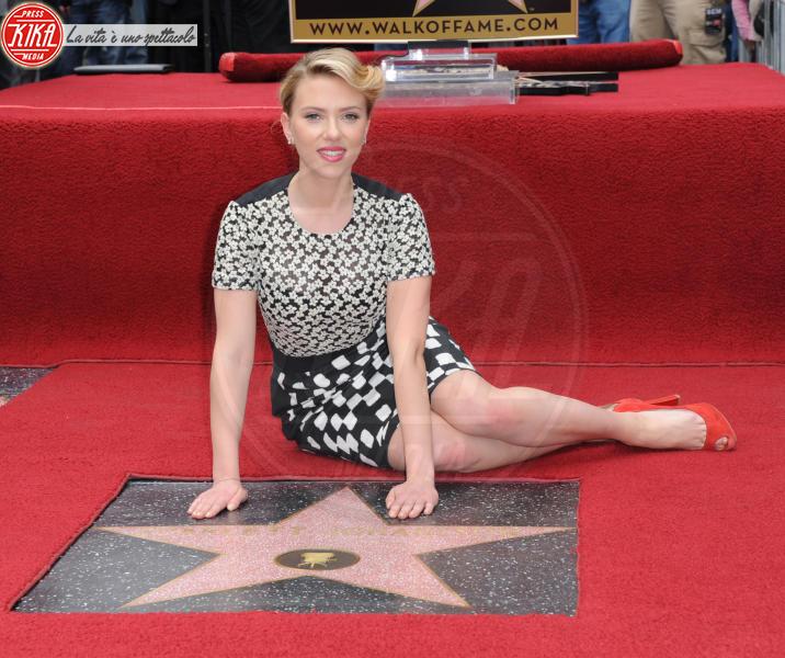 Scarlett Johansson - Hollywood - 02-05-2012 - Scarlett Johansson, 33 anni in bellezza e successi