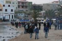 Lampedusa - Lampedusa - 26-03-2011 - Affonda un barcone di immigrati al largo di Lampedusa: 17 morti