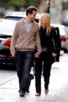Hugh Dancy, Claire Danes - New York - 06-05-2012 - Star come noi: la coppia ha bisogno dei suoi spazi