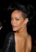 Rihanna - New York - 07-05-2012 - Rihanna nega di aver fatto uso di cocaina al Coachella