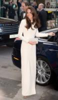 Kate Middleton - 08-05-2012 - Kate Middleton e Mary di Danimarca, lo stile è lo stesso
