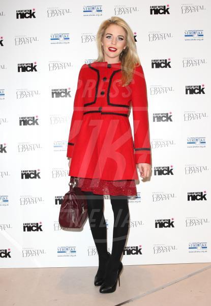 Lydia Rose Bright AKA Lydia Bright - Londra - 06-12-2011 - Corto e colorato: ecco il cappotto di primavera