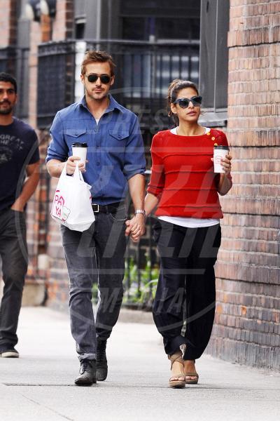 Ryan Gosling, Eva Mendes - New York - 10-05-2012 - Aria di crisi tra Ryan Gosling ed Eva Mendes