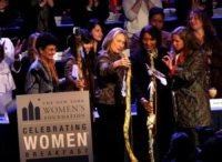 Abigail E. Disney, Ai-Jen Poo, Hillary Clinton - New York - 10-05-2012 - Hillary Clinton tra onorificenze e la rottura con Bill