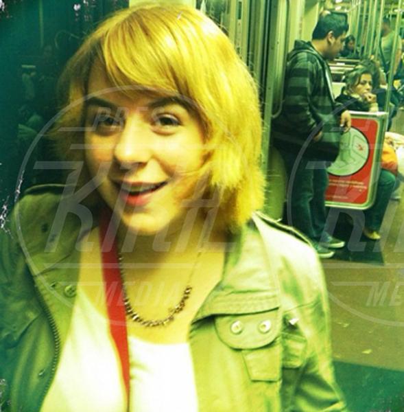 Star come noi: Edoardo Bennato nella metro napoletana