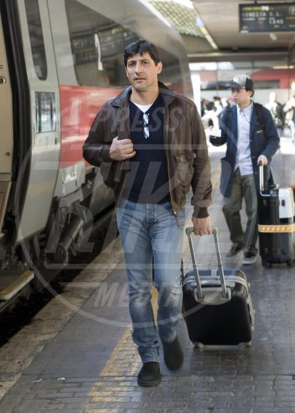 Emilio Solfrizzi - Roma - 13-03-2012 - Autista personale? Macché! I vip scelgono i mezzi pubblici