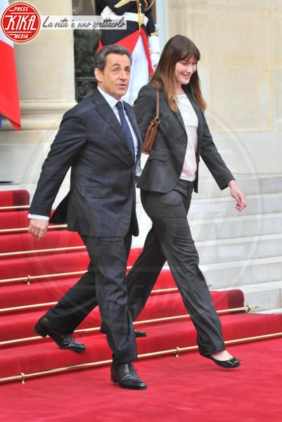 Trierweiler, François Hollande, Nicolas Sarkozy, Carla Bruni - Parigi - 15-05-2012 - Amori in controtendenza: quando lui è più basso di lei
