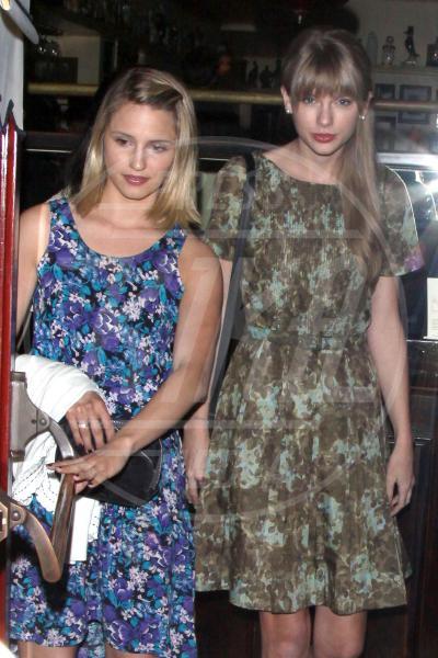Dianna Agron, Taylor Swift - Los Angeles - 16-05-2012 - Rivali sul set? No, amiche per la pelle!