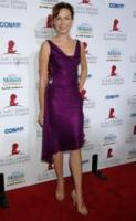 Amanda Walsh - Beverly Hills - 17-09-2006 - La Sirenetta aiuta i bambini malati