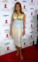 EVA LA RUE - Beverly Hills - 17-09-2006 - La Sirenetta aiuta i bambini malati