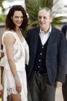 Dario Argento, Asia Argento - Cannes - 19-05-2012 - Asia Argento bacia Corona: