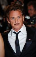 Sean Penn - 18-05-2012 - Madonna e la crisi: svenduta la casa dove visse con Sean Penn