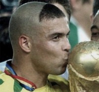 Ronaldo - Madrid - 10-12-2014 - Acconciature mondiali: se non sono stravaganti non le vogliamo!
