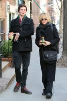 Henry Jack, Meg Ryan - New York - 28-03-2011 - Tutti pazzi per lo smoothie! Ecco come si dissetano i VIP