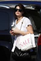 Ashley Greene - Los Angeles - 04-09-2009 - Tutti pazzi per lo smoothie! Ecco come si dissetano i VIP
