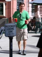 Mark Wahlberg - Beverly Hills - 18-09-2008 - Tutti pazzi per lo smoothie! Ecco come si dissetano i VIP