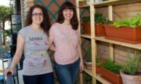 """Chiara Mazzapioda, Laura Mosconi - Roma - 15-05-2012 - Laura e Chiara: """"Ecco come si coltiva l'orto sul balcone"""""""