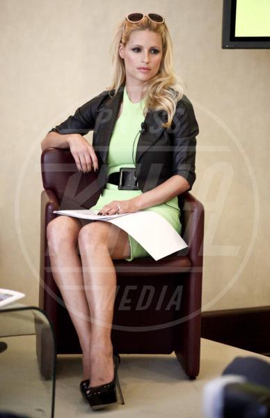 Michelle Hunziker - Milano - 23-05-2012 - E' nata Sole, la figlia di Michelle Hunziker e Tomaso Trussardi