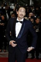 Adrien Brody - Cannes - 28-05-2012 - Men trends: baffo mio, quanto sei sexy!