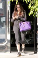 Khloe Kardashian - Los Angeles - 27-10-2010 - Francesca Eastwood e una Birkin in fiamme
