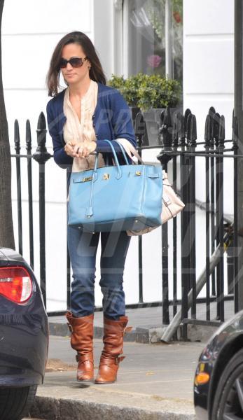 Pippa Middleton - Londra - 20-05-2011 - Francesca Eastwood e una Birkin in fiamme