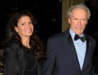 Dina Eastwood, Clint Eastwood - Hollywood - 29-01-2011 - Clint Eastwood e Dina Ruiz: il matrimonio è finito