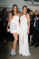 Amber Le Bon, Yasmin Le Bon - Londra - 29-05-2012 - Tale madre, tale figlia: quando la bellezza è… di famiglia!