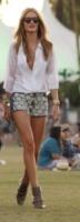 Rosie Huntington-Whiteley - Indio - 21-04-2012 - È arrivato il caldo: gambe al fresco con gli shorts!